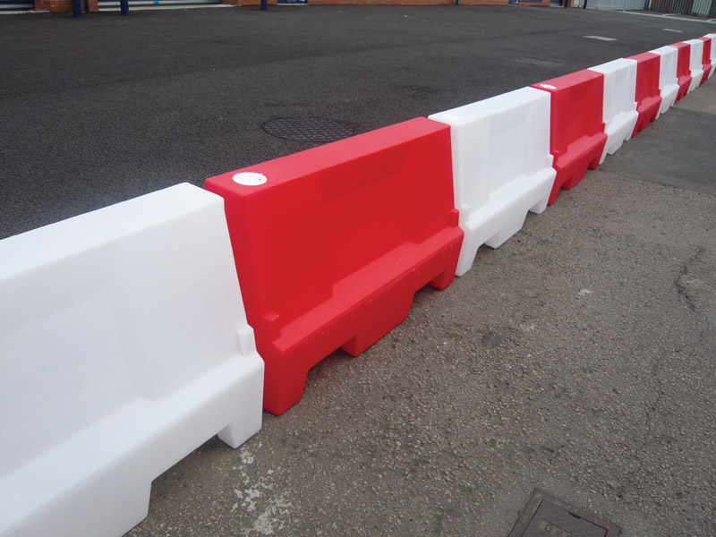 Water filled barrier